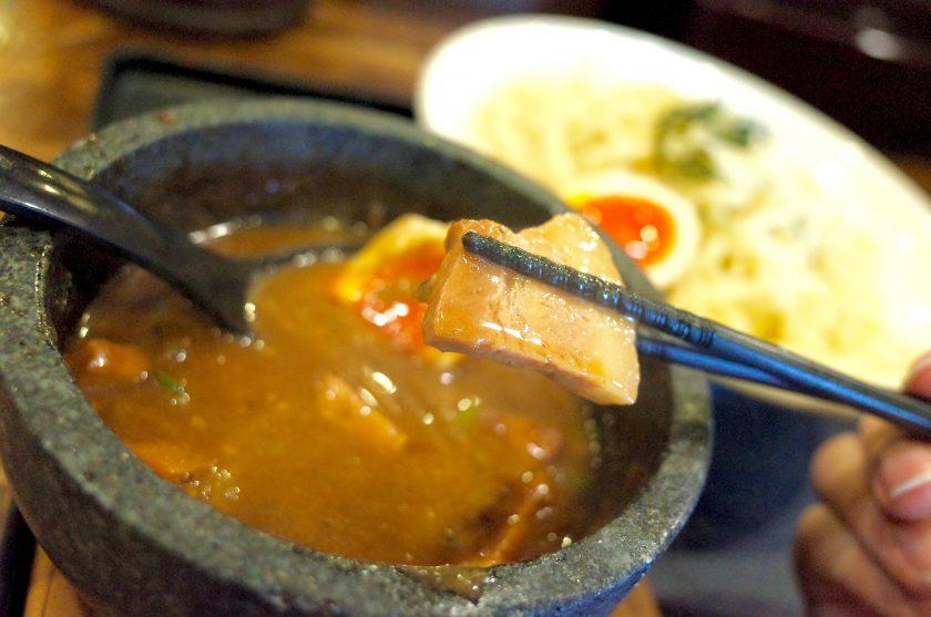 丸和つけ麺のチャーシュー