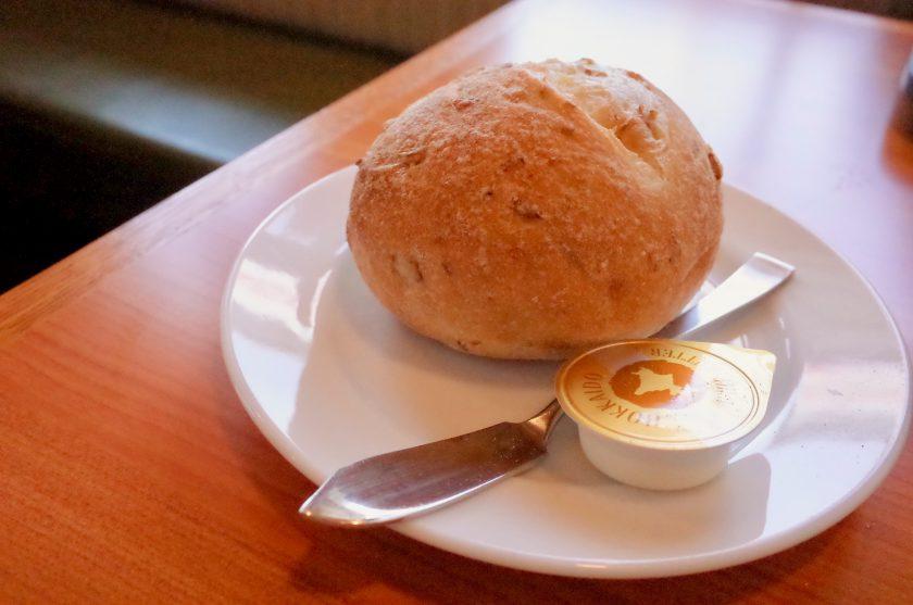 炭焼きレストランさわやかのげんこつハンバーグのパン