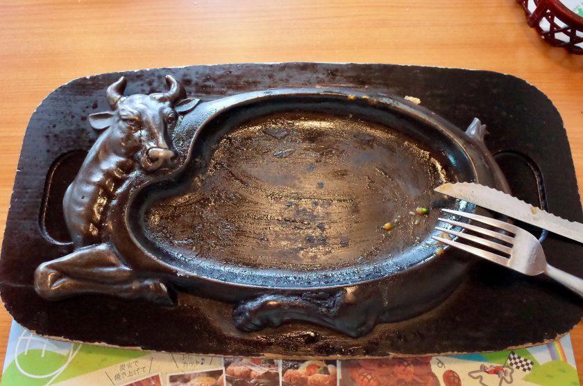 炭焼きレストランさわやかのげんこつハンバーグの鉄板