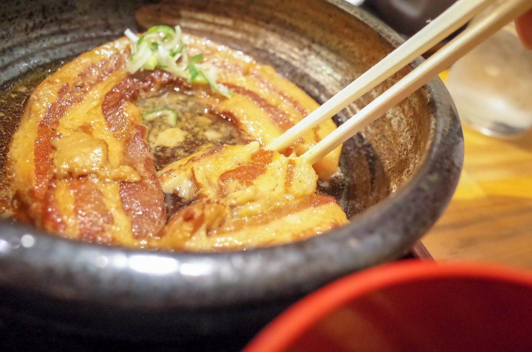 泰山(たいざん)の黒豚角煮定食