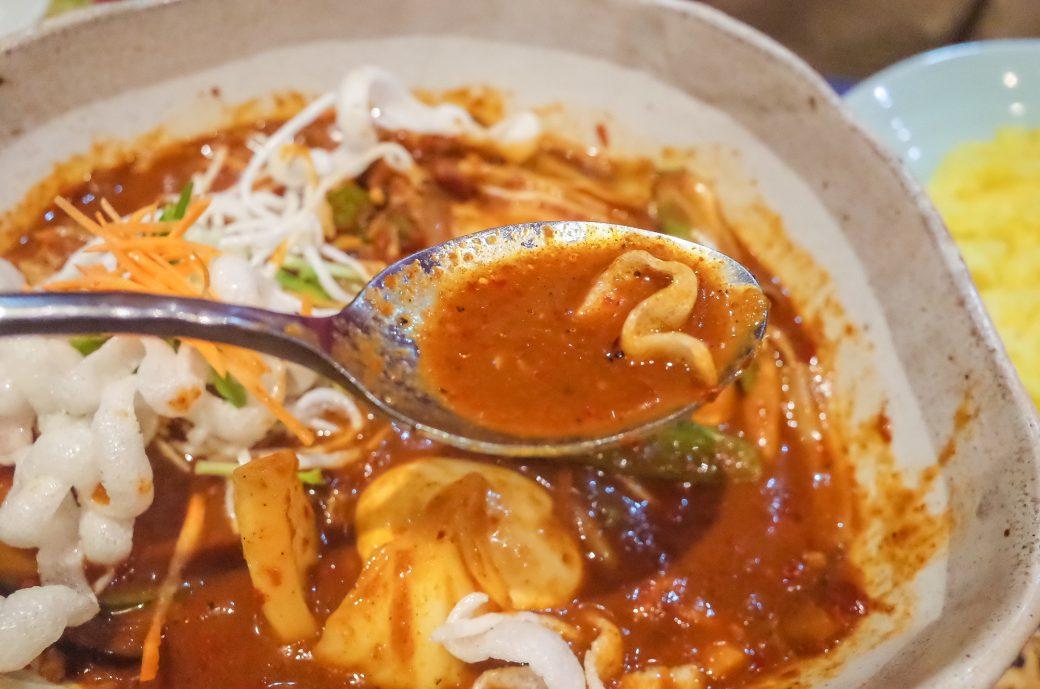 マジックスパイス名古屋店のスープカレーの激辛メニュー「アクエリアス」のスープ