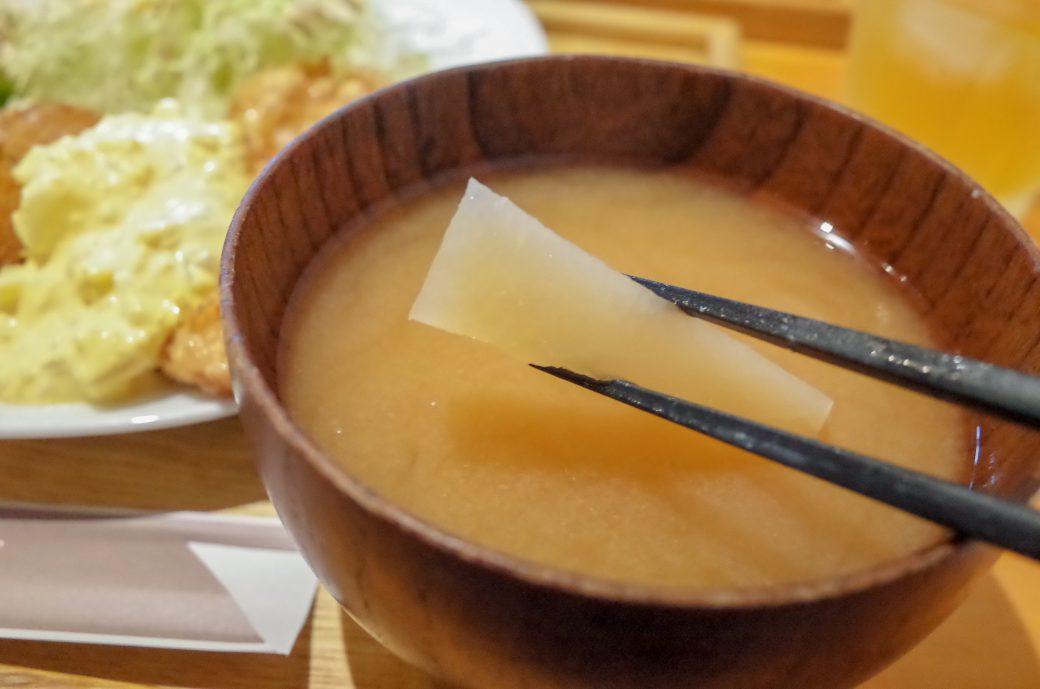 白壁ハナコ の味噌汁