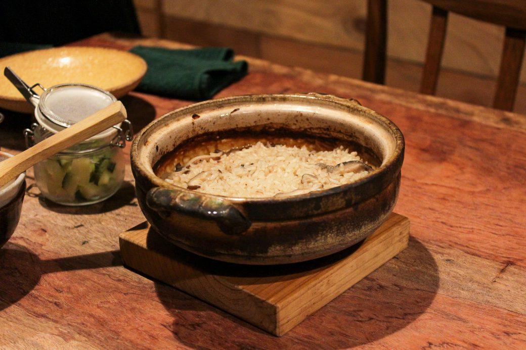 和N(わえぬ)の土鍋しいたけご飯