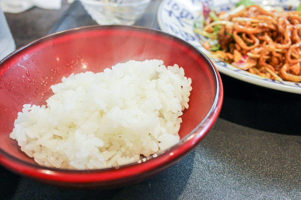 小菜一碟(シャオツァイイーデェ)のランチはご飯お代わり無料